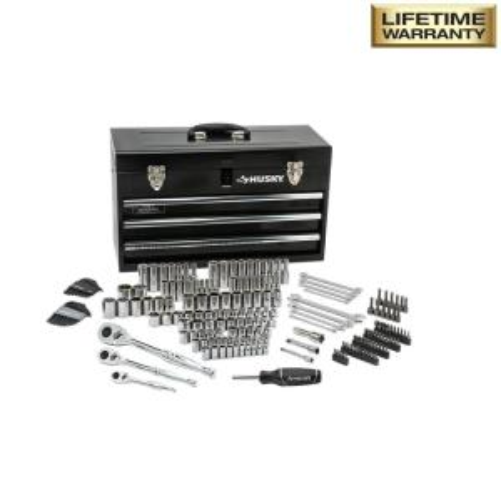 Husky H200MTSMB Mechanics Tool Set in Metal Box (200-Piece) Deals