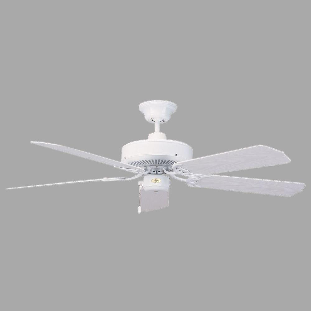 Indoor/Outdoor White Ceiling Fan