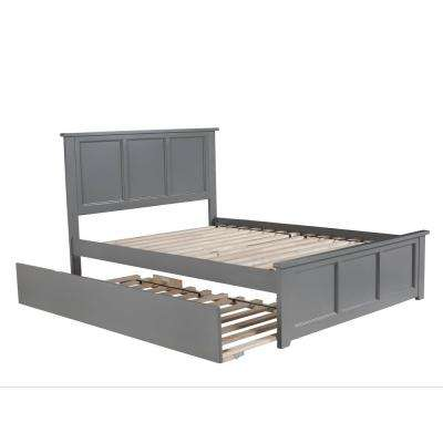 Madison Full Platform Bed with Matching Foot Board with Twin Size Urban Trundle Bed in Grey