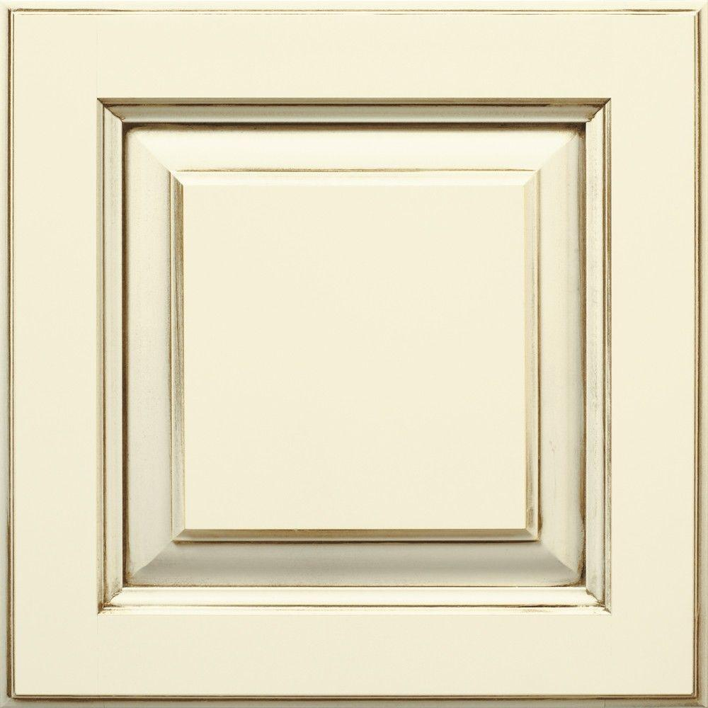 Thomasville 14.5x14.5 in. Cabinet Door Sample in Plaza Cotton with Amaretto Creme