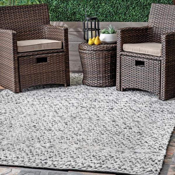 Reviews For Nuloom Natosha Chevron Striped Silver 12 Ft X 15 Ft Indoor Outdoor Area Rug Veme01a 12015 The Home Depot
