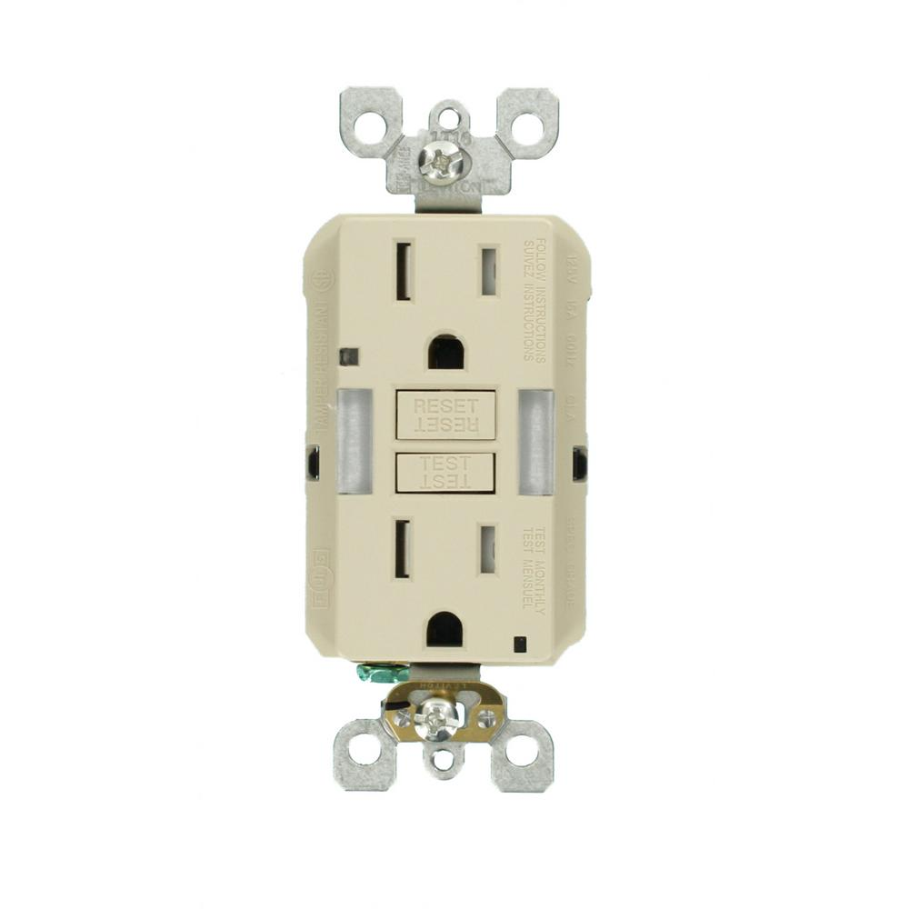 Leviton 15 Amp Self Test Smartlockpro Combo Duplex Guide Light And