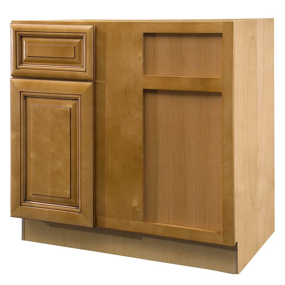 Lewiston Assembled 36x34.5x24 in. Single Door & Drawer Hinge Right Base