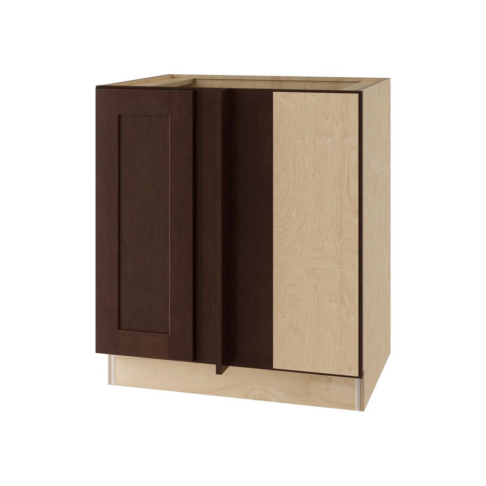 Franklin Assembled 30x34.5x24 in. Single Door Hinge Right Base Kitchen Blind