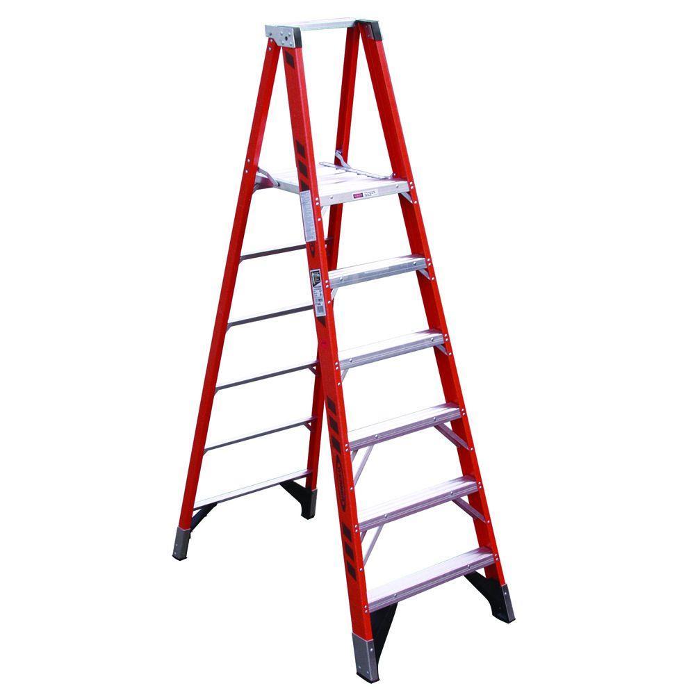 Werner 16 ft. Reach Fiberglass Platform Step Ladder with GLASMARK 300 lb. Load Capacity Type IA Duty Rating