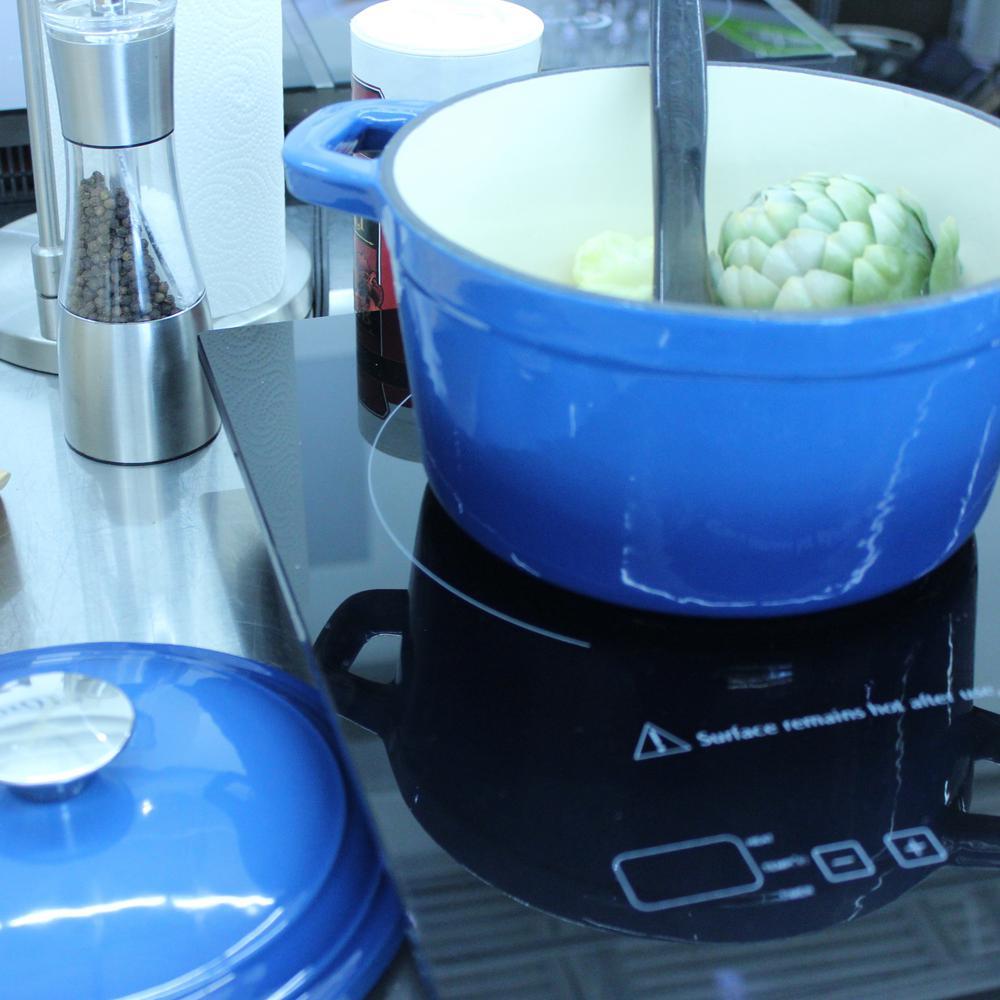 Neo 3 Qt. Blue Cast Iron Covered Dutch Oven