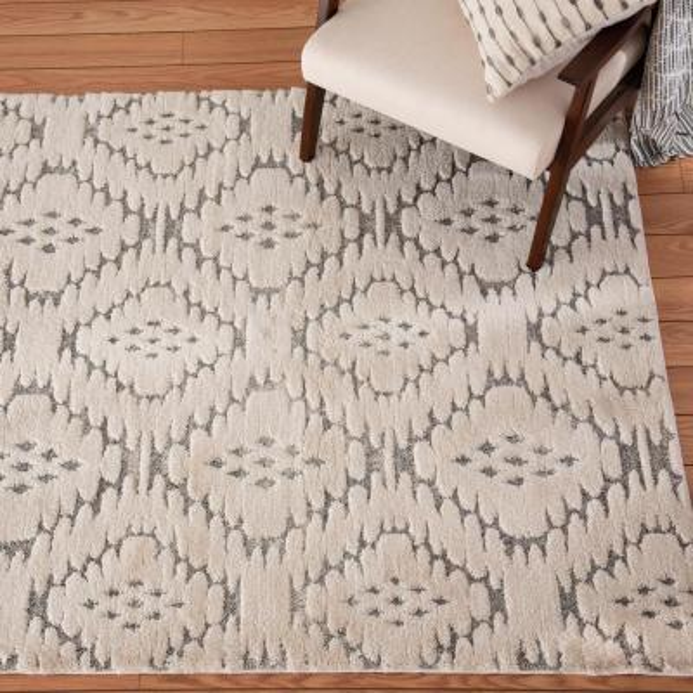 Bazaar Yara Grey/White 5 ft. x 7 ft. Geometric Polypropylene Area Rug