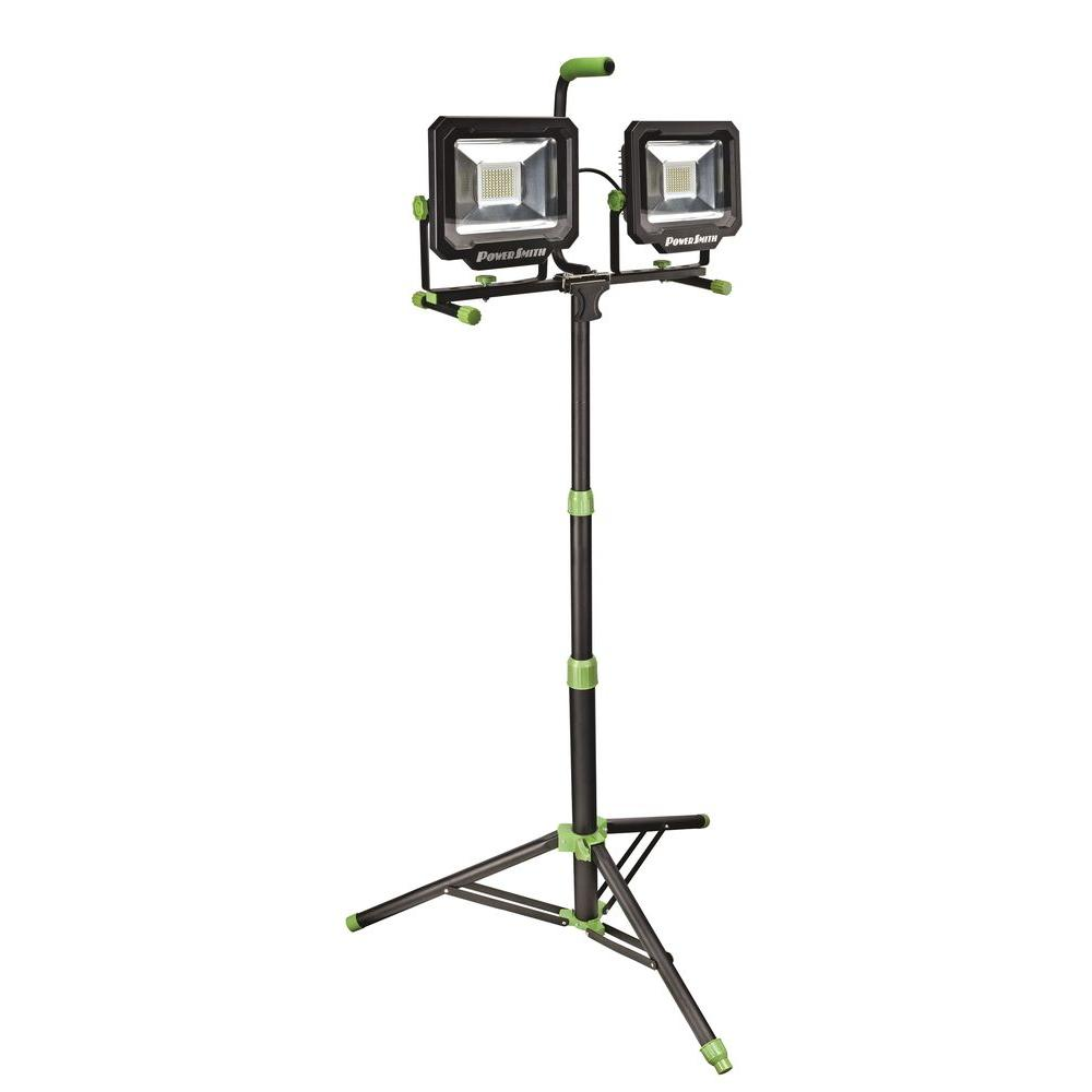 Powersmith 100 Watt 10 000 Lumens Led Dual Head Work Light With Tripod Pwl21100ts The Home Depot