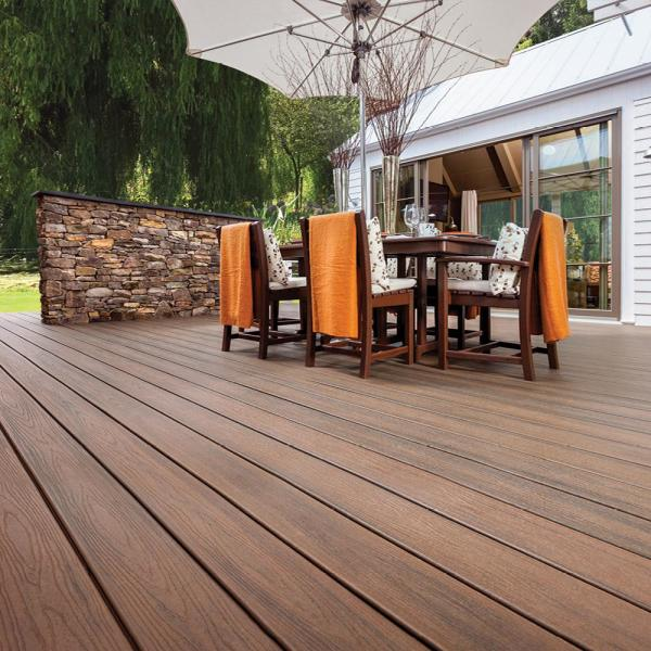 Trex Transcend 1 In X 5 5 In X 1 Ft Spiced Rum Composite Decking Board Sample Srt90000 The Home Depot