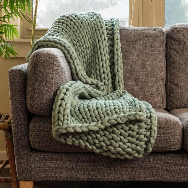 Sage Acrylic Chunky Knitted Throw