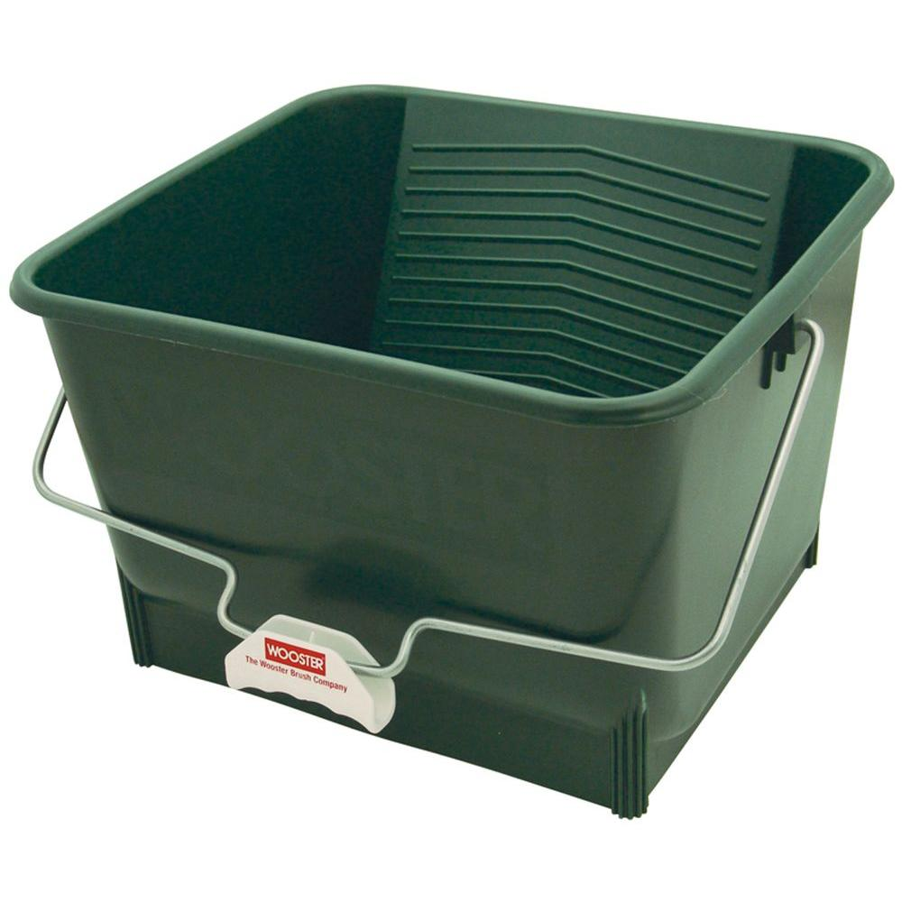 Wooster 4 gal. Polypropylene Bucket