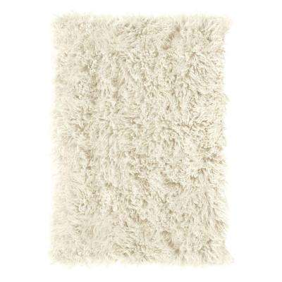 Premium Flokati White 4 ft. x 6 ft. Area Rug