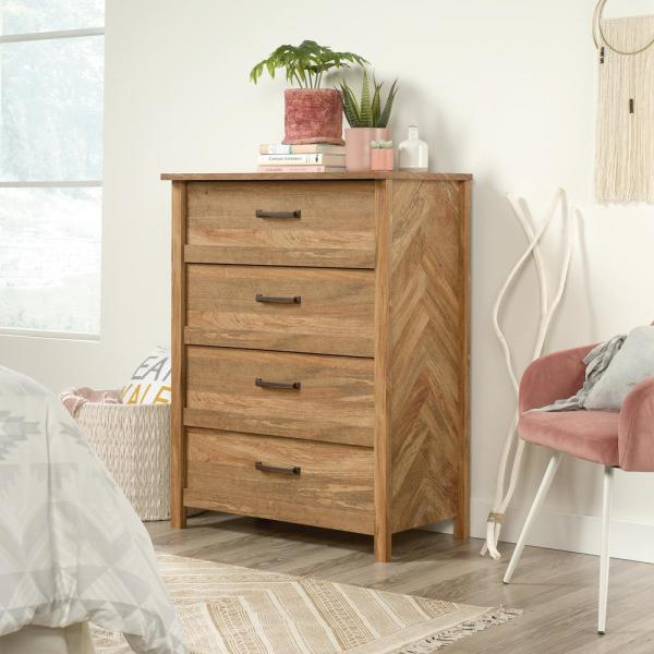 SAUDER Cannery Bridge 4-Drawer Sindoori Mango Chest