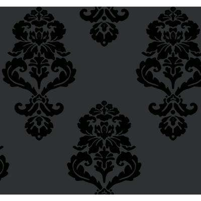 Graphic Damask Wallpaper