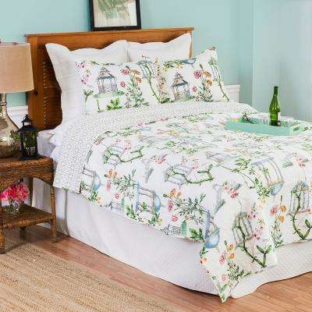 White Garden Folly Twin Quilt Set