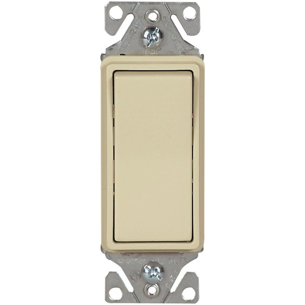 15 Amp 120/277-Volt Heavy-Duty Grade Single-Pole Decorator Lighted Rocker Switch