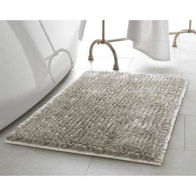 Mega Butter Chenille 21 in. x 34 in. Bath Mat in Light Grey