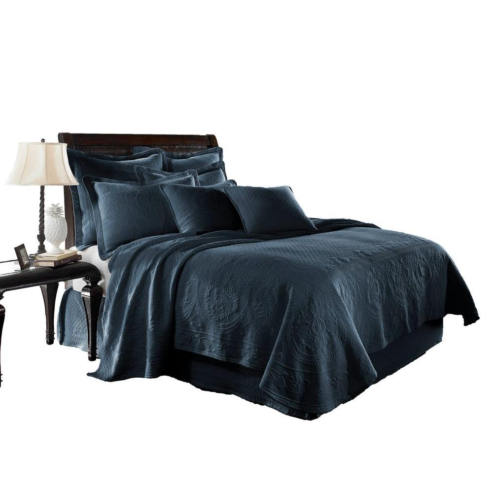 Historic Charleston Collection King Charles Provincial Blue Matelasse Cotton Queen Coverlet
