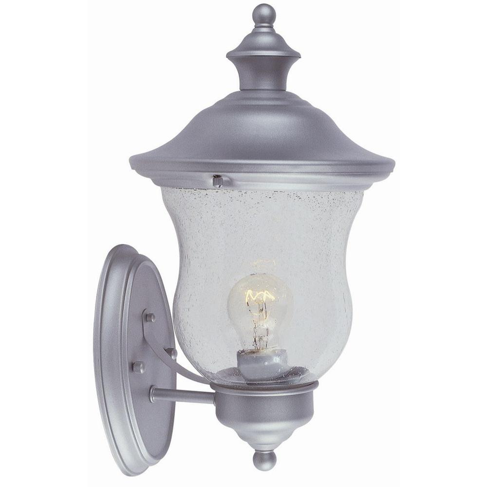 Design House Highland Heritage Silver Outdoor Wall Mount Uplight