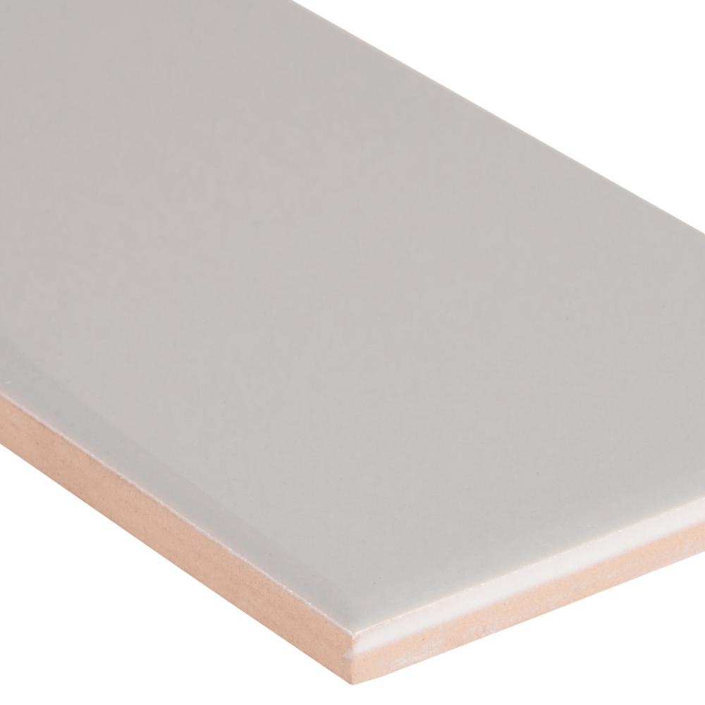 Msi Gray Glossy Bullnose 4 In X 16 In Glossy Ceramic Wall Tile 13 33 Lin Ft Case Ngraglo4x16bn The Home Depot