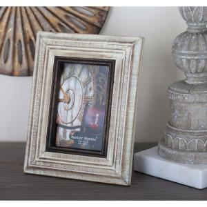 Click here to buy  1-Opening 7 inch x 9 inch Rustic White Picture Frame.