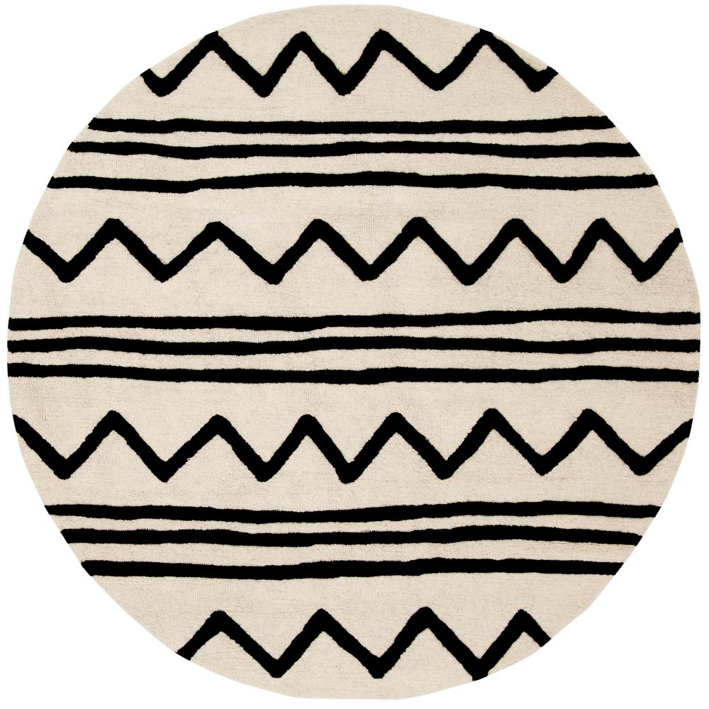 Kids Ivory/Black 5 ft. x 5 ft. Round Area Rug