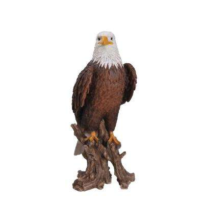 Large Bald Eagle on Stump
