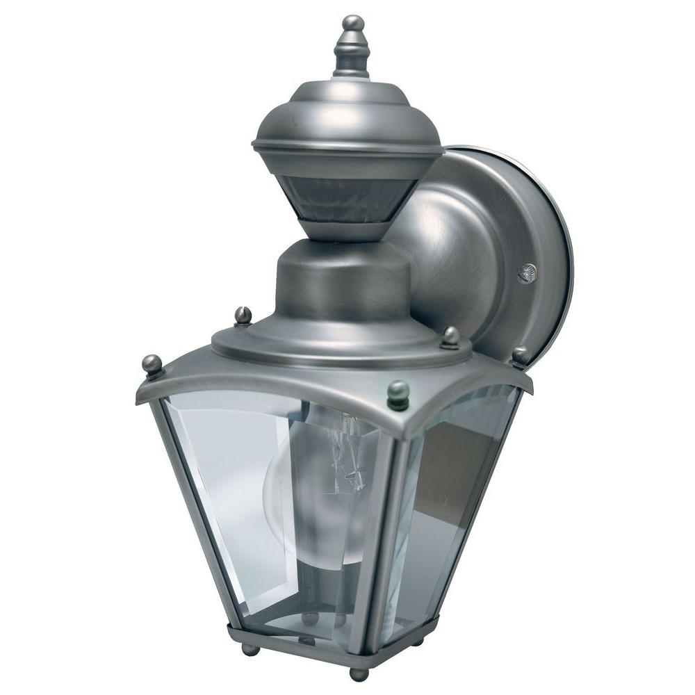 Heath zenith 150 degree silver mini coach lantern with clear beveled heath zenith 150 degree silver mini coach lantern with clear beveled glass workwithnaturefo