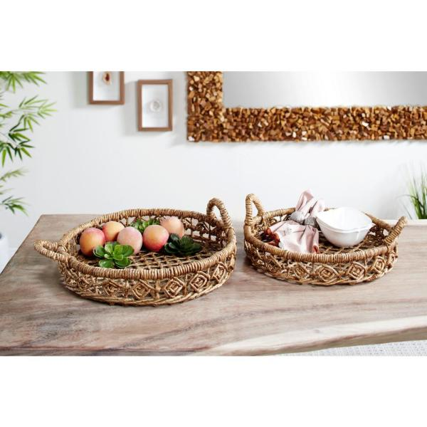 Litton Lane Large Natural Brown Banana Bark and Seagrass Round Trays