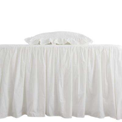 Oma White Full and Queen Bedspread