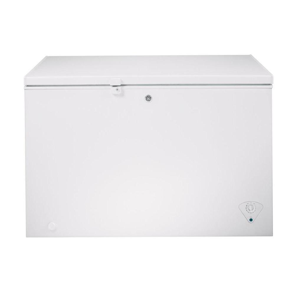 GE Garage Ready 10 6 cu  ft  Chest Freezer in White, ENERGY STAR