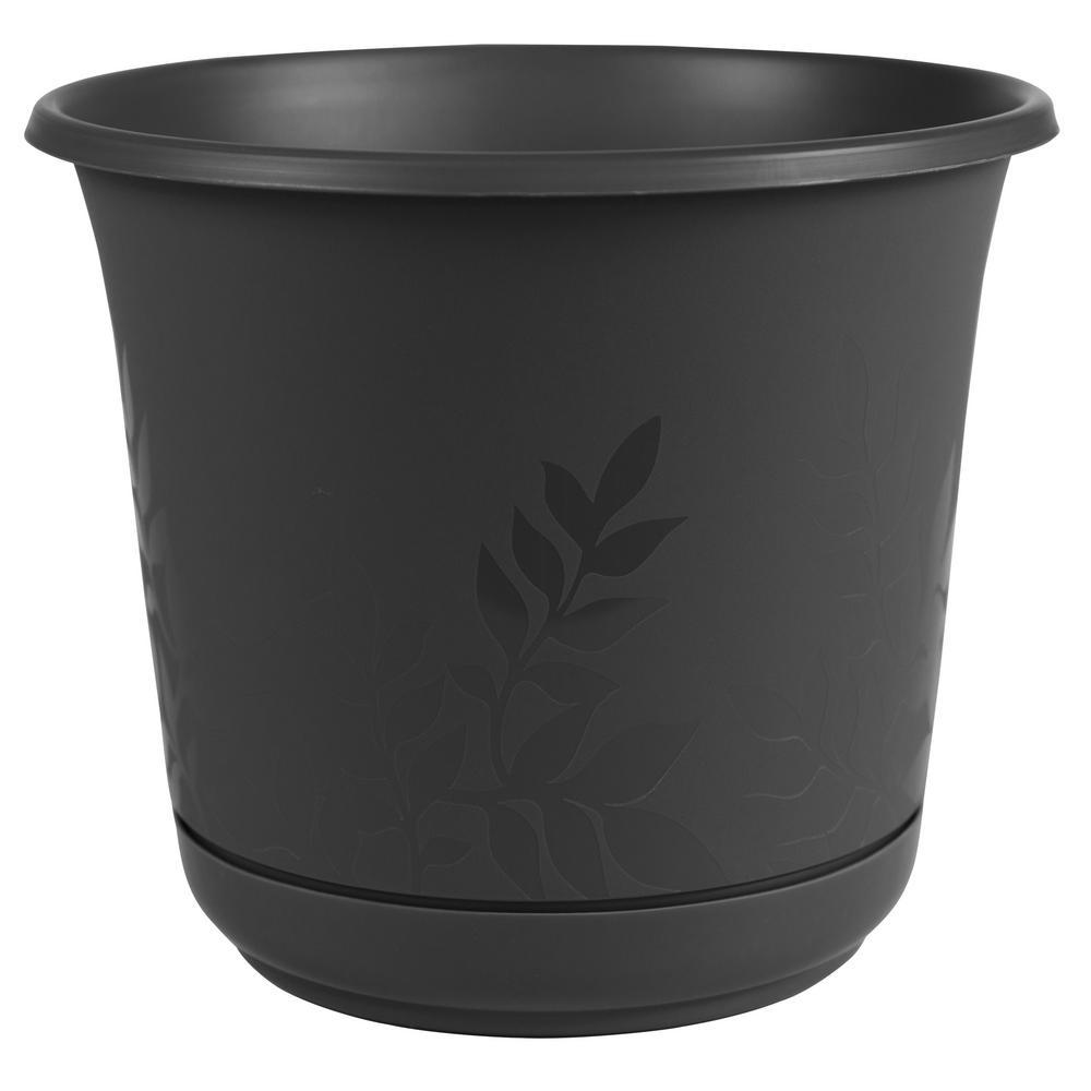 8 x 7.5 Black Freesia Plastic Planter w/ Saucer