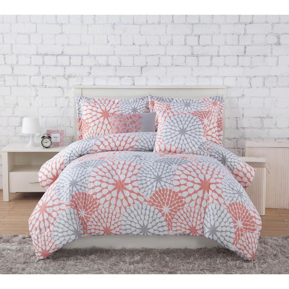 Clarisse Coral/Grey/White 7-Piece Full/Queen Comforter Set ... : coral bed quilt - Adamdwight.com