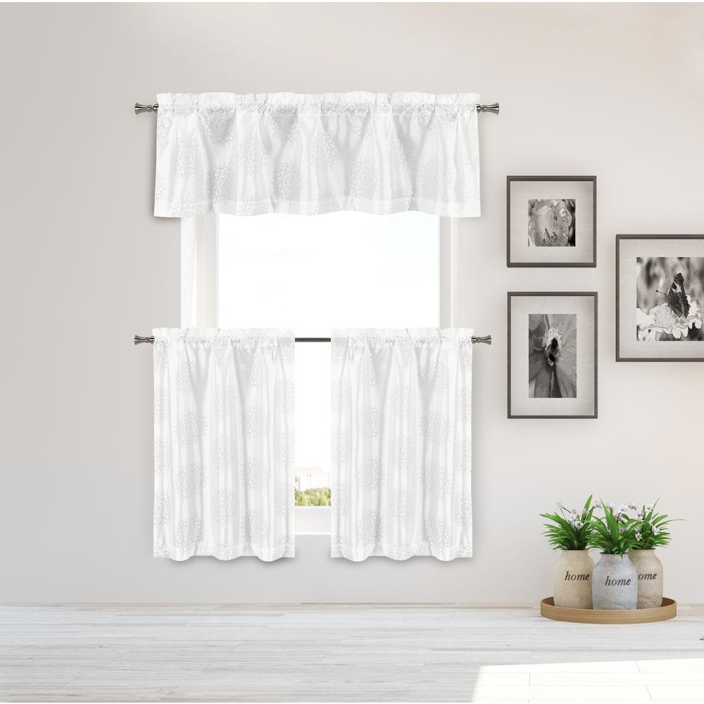 Duck River Ailin Kitchen Valance In White Gold 15 In W X 58 In L 3 Piece