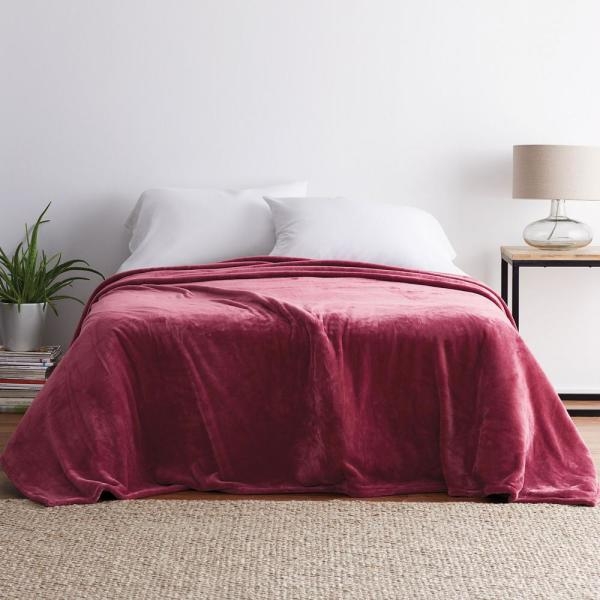 Company Plush African Violet Solid King Blanket