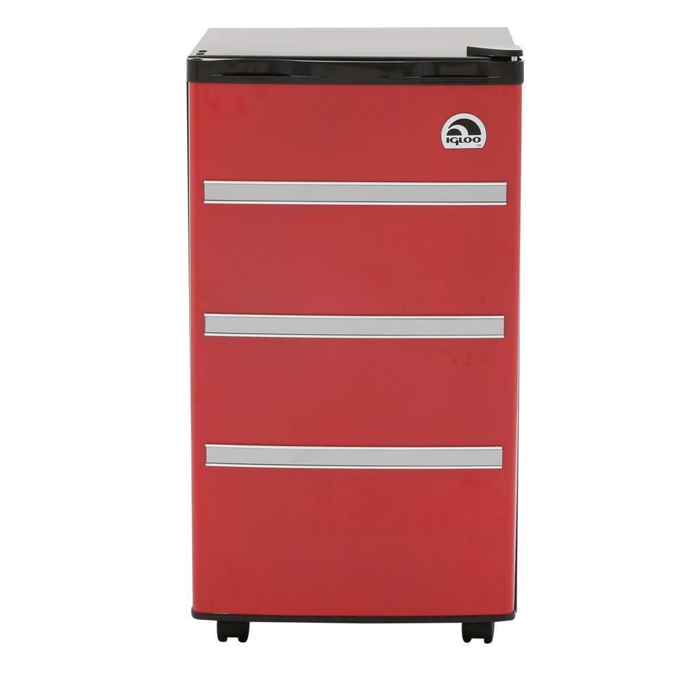 IGLOO 3.2 cu. ft. Mini Refrigerator in Red