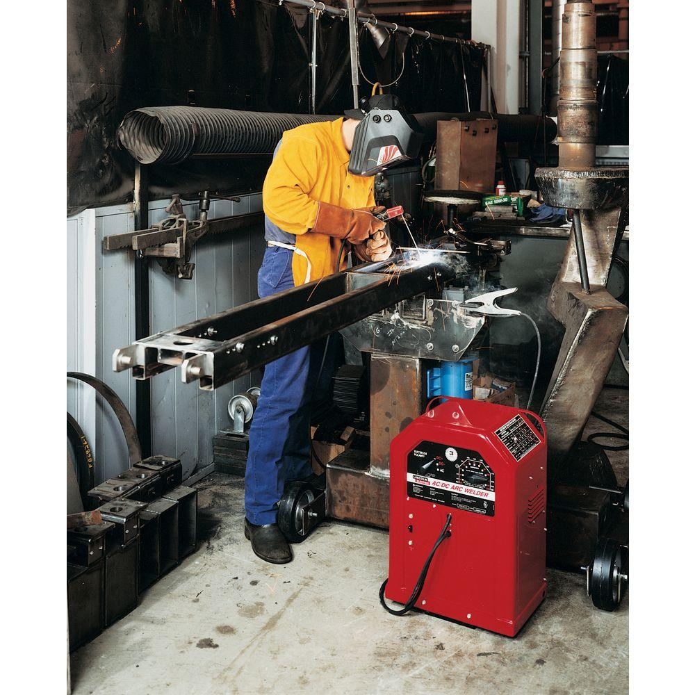 Lincoln Electric 225 Amp AC and 125 Amp DC Arc/Stick Welder AC/DC 225/125, on