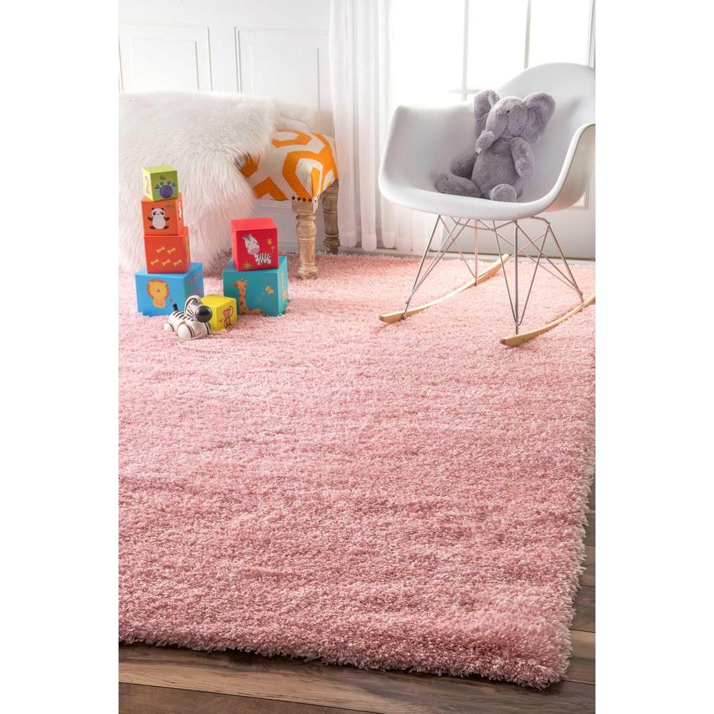 Nuloom Gynel Solid Baby Pink 8 Ft