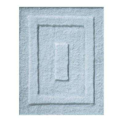 Spa 21 in. x 17 in. Small Bath Mat in Water