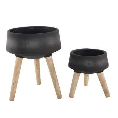 15 in. and 11.5 in. Black Fiberglass Pot on Legs Mid-Century Planter (Set of 2)