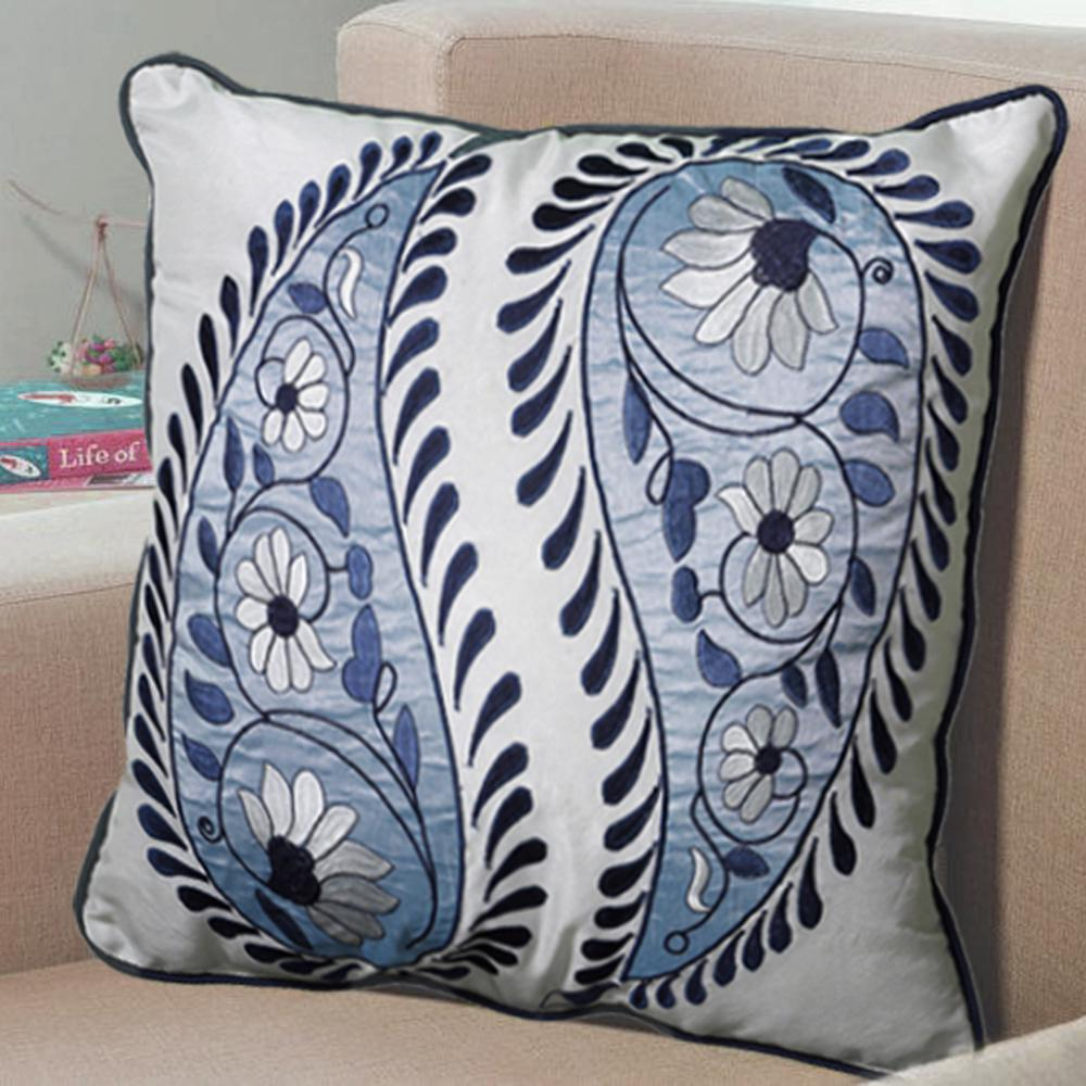 LR Resources Contemporary Blue and White 18 in. x 18 in. Square Decorative Accent Pillow