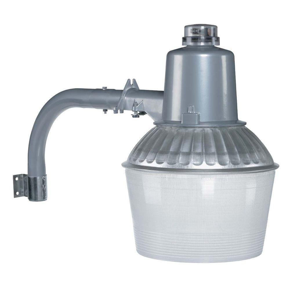 150-Watt Outdoor Aluminum High Power Sodium Flood Light Fixture with Low-Light Sensor