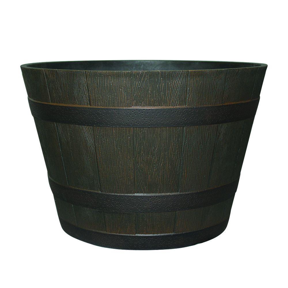 22 1 2 In Dia Rustic Oak Resin Whiskey Barrel Planter Hdr