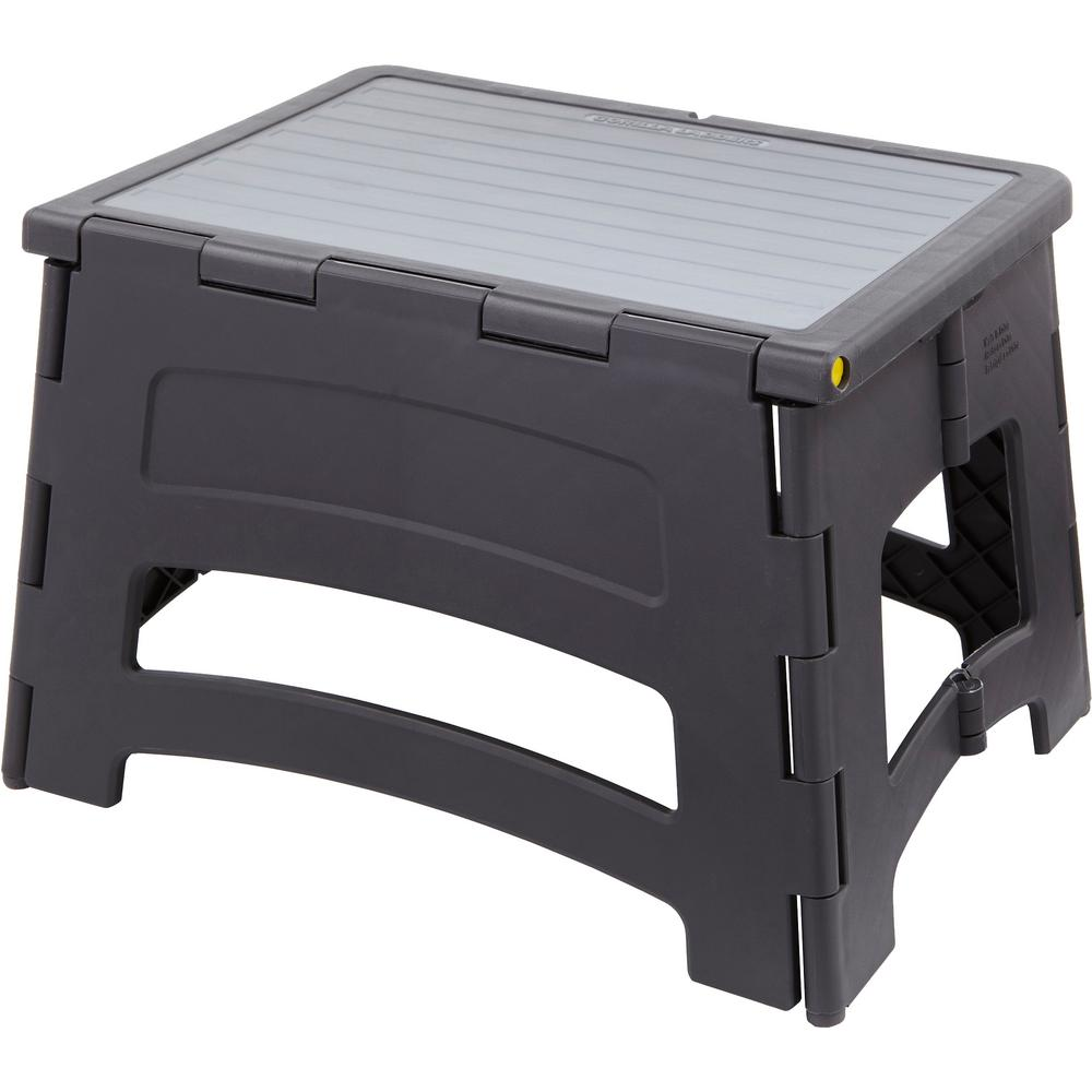 Gorilla Ladders 1-Step Plastic Stool with 300 lbs. Load Capacity