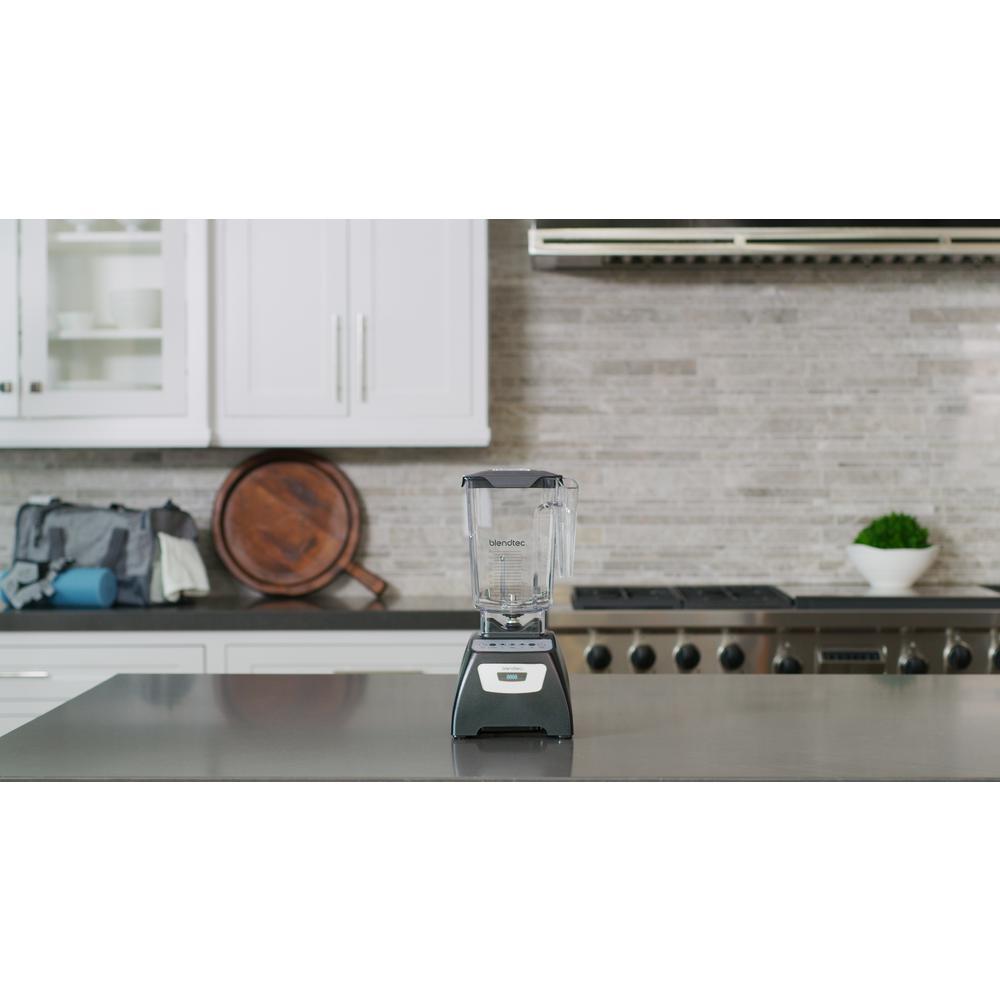 Blendtec-Classic 570 90 oz. 3-Speed, Pulse and 2-programmed buttons Black Blender