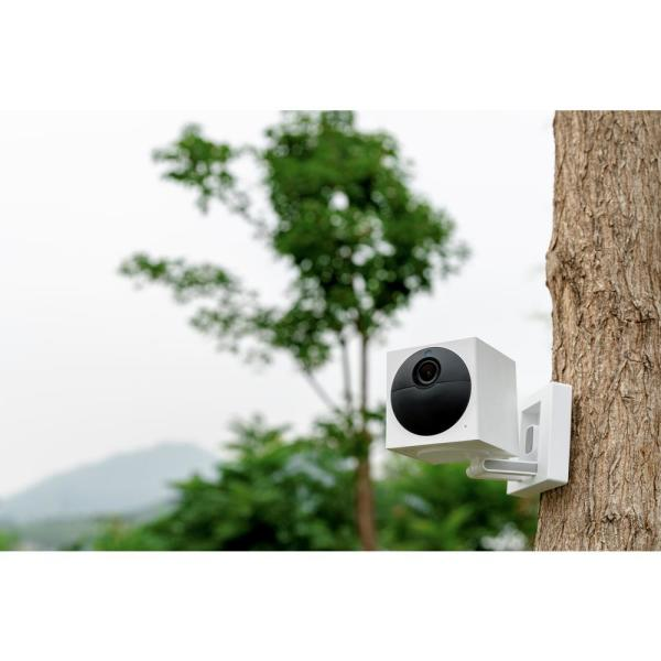 Wyze - Wireless Outdoor Surveillance Camera Plus MicroSD Card Includes Base Station