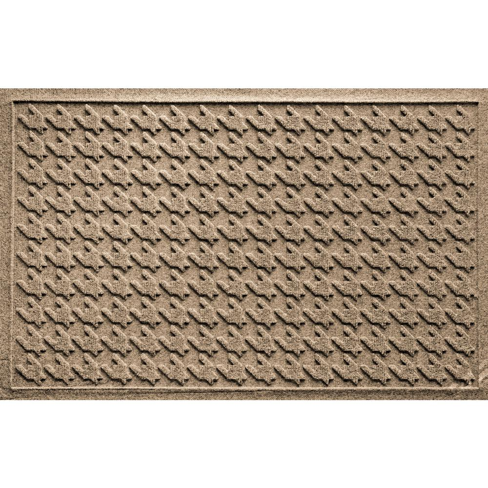 Houndstooth Camel 24 in. x 36 in. Polypropylene Door Mat