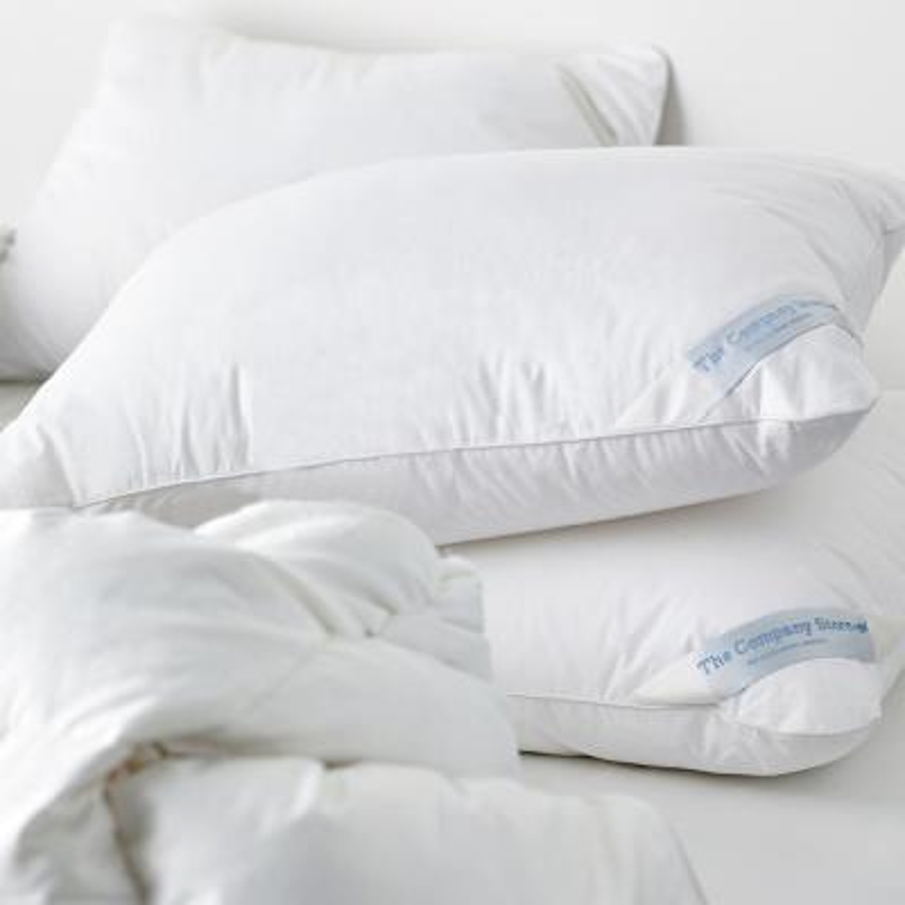 LaCrosse LoftAIRE Hypoallergenic Medium Down Alternative King Pillow
