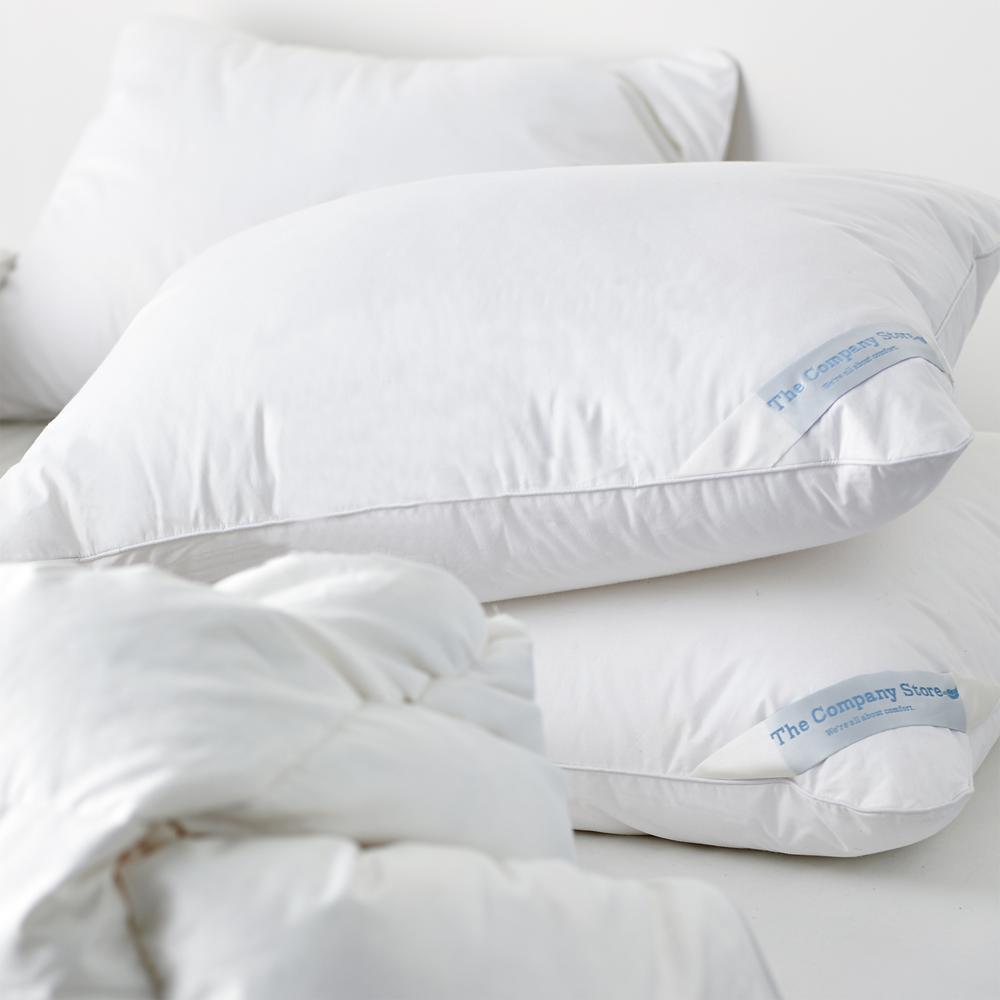 LaCrosse LoftAIRE Hypoallergenic Medium Down Alternative Standard Pillow