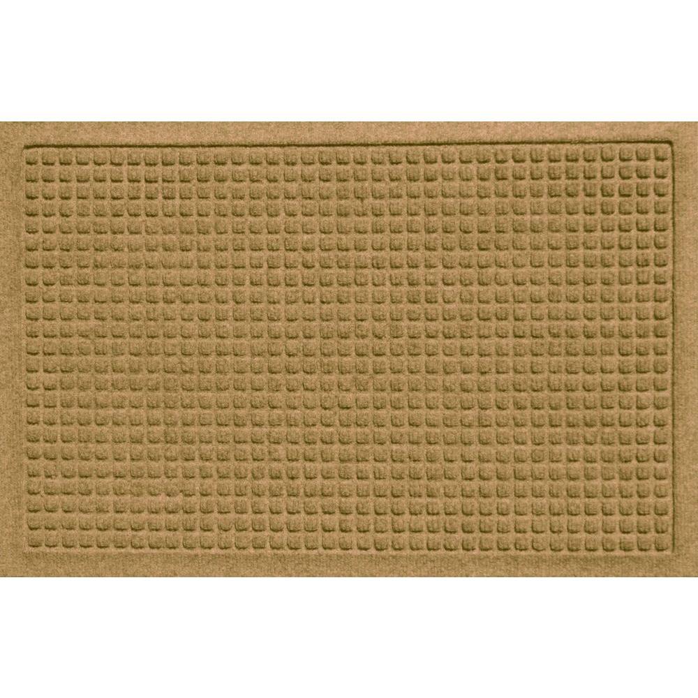 Aqua Shield Squares Gold 17.5 in. x 26.5 in. Door Mat